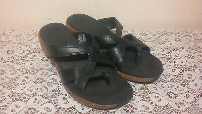 $22.99 • Buy MERRELL Sundial Cross Black Womens Strappy Leather Air Cushion Thong Sandal Sz 7