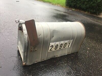 """$20 • Buy Vtg Large Galvanized Mailbox Rural 21x11x9"""" With Flag"""
