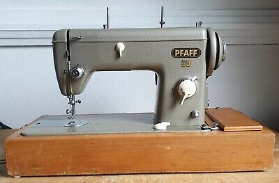 Pfaff Sewing Machine • 365£