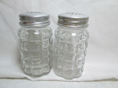 Vintage Anchor Hocking Clear Waffle Glass Salt Pepper Shakers Aluminum Tops • 5$