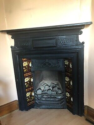 Victorian Style Cast Iron Fireplace With Tiles And Wooden Mantlepiece • 399£