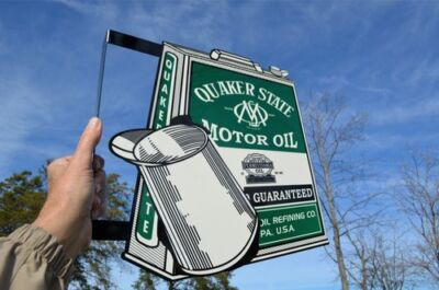 Old Style Quaker State Motor Oil Vintage Type Oil Can Flange Sign Made In Usa! • 129$