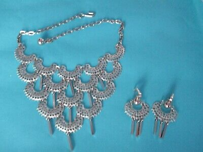 $10 • Buy Vintage Sarah Coventry 1975 CHARISMA Silver Tone BIB Necklace & Earrings SET
