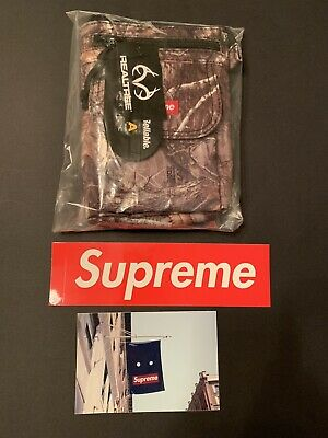 $ CDN109.19 • Buy Supreme Shoulder Bag Real Tree Camo FW19 With 2 Stickers