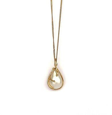 $250 • Buy Pear Shaped Mabe Pearl Pendant 9kt Yellow Gold
