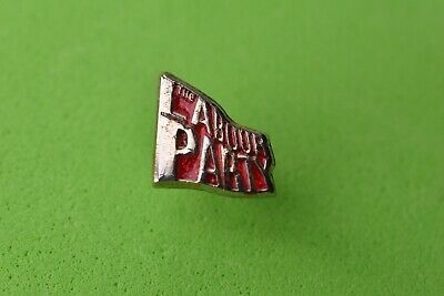 Small Labour Party Flag Pin  Badge Political / Union  Collectable • 9.99£