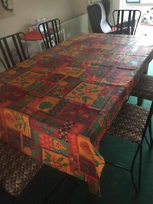 French Oil Cloth Tyoe Tablecloth • 4.20£