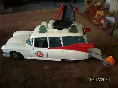 The Real Ghostbusters Ecto 1 Car Kenner W/ Ghost Chair And Claw Retro  • 15£