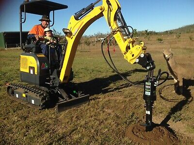 AU33900 • Buy Carter Zero Swing Mini Excavator And Digga Auger Package