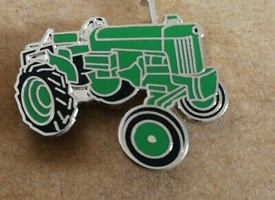 Green Tractor Enamel Pin Badge - New • 3.29£