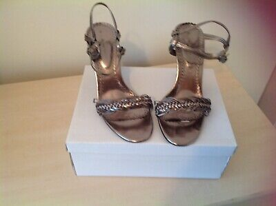 Womens Pewter Strappy Shoes Size 5 • 7£