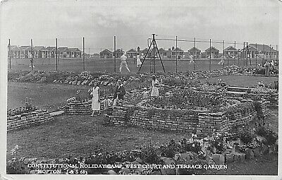 Postcard  Norfolk - Hopton On Sea - Constitutional Holiday Camp - West Court -rp • 9.90£
