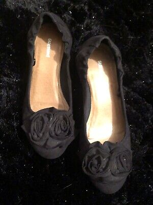 Womens Black Heeled Wedges Ballet Shoes Rose Detail Curved Size 3.5 4 Graceland • 8.25£