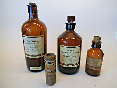 Collection Of Three Vintage Chemist / Pharmaceutical Bottles - BDH London • 28£