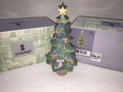 $90 • Buy Lladro Christmas Tree 6261 Includes Original Box 5 1/2 Inches Tall Excellent!