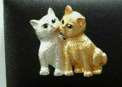 Silver & Gold Cats Brooch -  • 9£