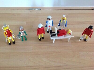 Playmobil 7 Characters Nurse Hospital Queen Knight Hospital Bed + Accessories • 12.50£