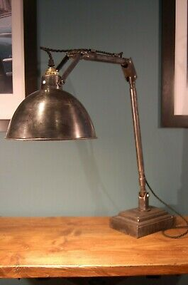Vintage Industrial Style Articulated Desk Lamp • 170£