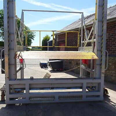 £3500+vat Moblie Loading Bay Dock Tail Lift Pallet Racking Container Trailer  • 4,200£