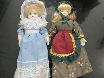 $ CDN3.96 • Buy LOT Of 2 SMALL PORCELAIN DOLLS With CLOTHES