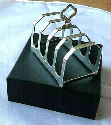 Solid Silver Toast Rack .  Sheffield ,1939 .  Ideal Gift In A Velvet Lined Box . • 55£