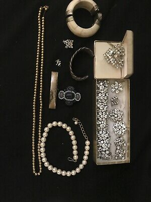 $ CDN15.65 • Buy Vintage Jewelry Lot Signed