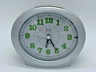 Retro LC Quartz Battery Powered Alarm Clock With Glow In The Dark Hands • 6.99£
