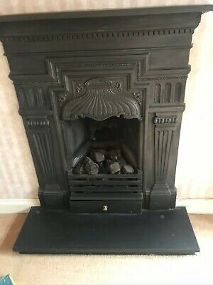 Antique Cast Iron Fire Place With Gas Fire Inset • 200£