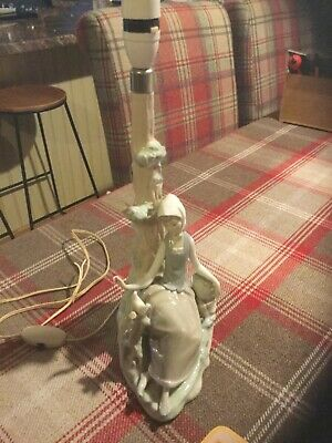 Lladro Lamp. Lamp Girl With Dove. • 40£