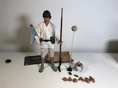 $300 • Buy *Incomplete* Hot Toys MMS297 Luke Skywalker STAR WARS ANH 1/6 Scale Loose Figure