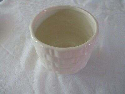 $8 • Buy Vintage Haeger #131 USA Pottery White Basketweave Pattern Planter 4 1/8  Tall