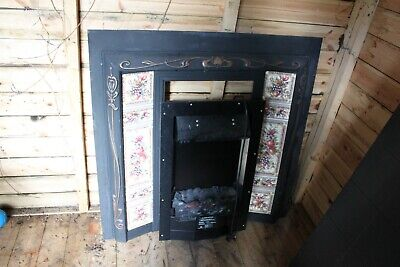 Victorian Style Cast Iron Tiled Fireplace Insert, Good Condition • 0.99£