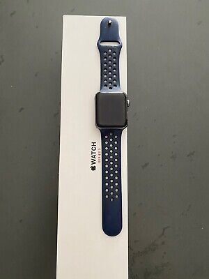 $ CDN234.21 • Buy Apple Watch 42mm Series 3 Black Excellent Condition + Sports Band Dark Blue