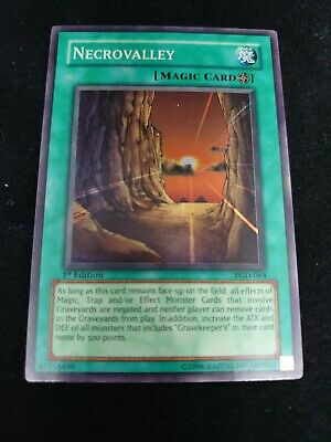 Yugioh Necrovalley Super Rare 1st Near Mint Pgd-084 • 11.99£