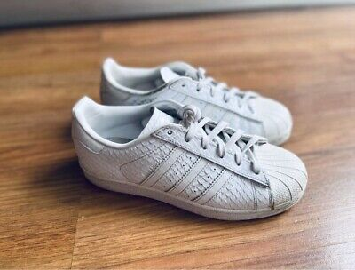 AU25 • Buy Womens Adidas Superstar Shoes Size 37.5