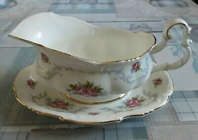 Royal Albert Tranquility Gravy Boat With Stand 2nd Quality  • 6.50£