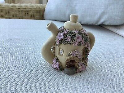 Novelty Collectable Teapot Clay Cottage • 1.90£
