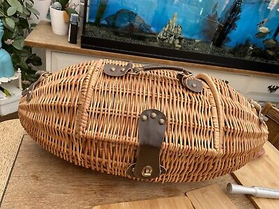 Wicker Hamper With Lid Picnic Basket Willow Shop Display Egg Rugby Ball Shape • 20£