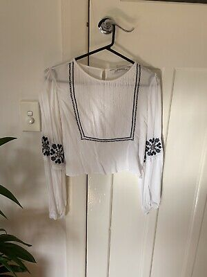 AU15 • Buy Zara Embroidered White Blouse XS