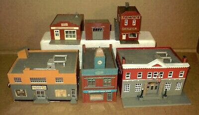 $ CDN31.51 • Buy =  HO Scale Train Layout Accessories ...  Assortment Of (5) HO Scale Buildings