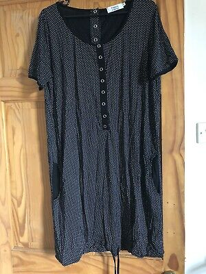 Happy Mama Hospital Gown • 10£