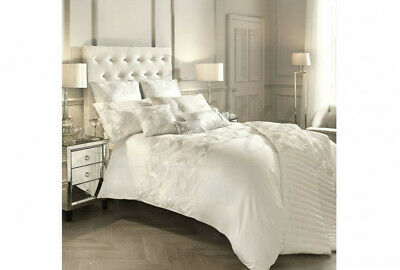 Kylie Minogue Adele Oyster Bed Throw W/ 2 Housewife Pillowcases • 71.25£