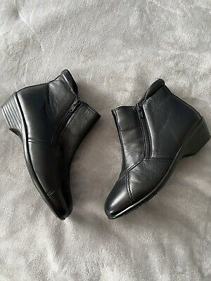 New Unworn Ladies Size 5 Black Colour Pavers Ankle Boots • 31£