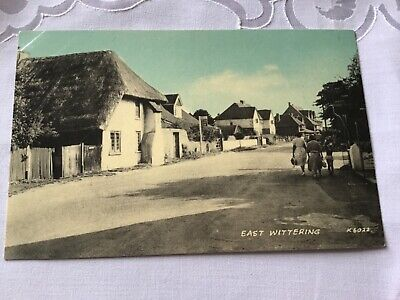 EAST WITTERING 1940s Postcard 16/10 • 4.50£