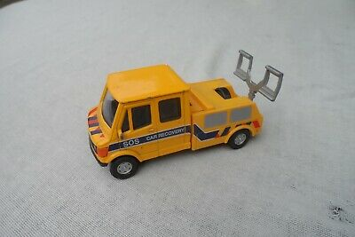 Hongwell Diecast & Plastic Mercedes Recovery Truck In Quite Good Condition. • 1.50£