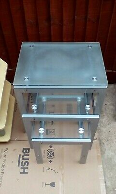 Nest/Set Of 3 Glass And Metal Coffee Tables • 25£