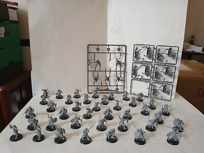 44 Warhammer LOTR Rohan Warriors, Unpainted,Horses Need Bases But All Good! • 0.99£
