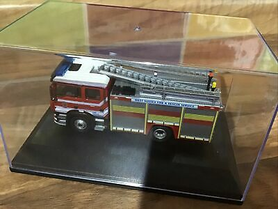 Oxford 76MFE003 West Sussex Fire & Rescue Service Pump Model • 9.99£