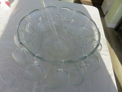 Vintage Punch Bowl Set With 12 Glass Cups, Plastic Glass Hooks & Ladle VGC • 10£
