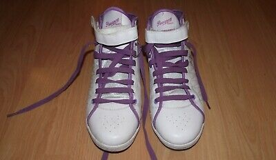 £9.95 • Buy Womens Pineapple Trainers Size UK 6 In Great Condition.